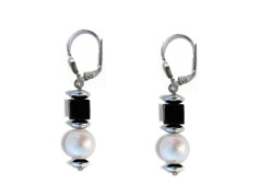 BELLASIX ® 16243-O earrings, 925 silver / lobster clasp, fresh water cultivated pearl, onyx, hematine