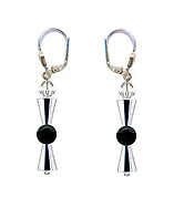 SWAROVSKI (R) crystals in combination with: BELLASIX (R) 1780-O1 earrings onyx 925 silver clasp
