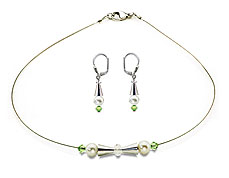 SWAROVSKI (R) crystals in combination with: BELLASIX (R) jewellery set_1908_k_1808_o5 925 silver clasp green wedding jewellery